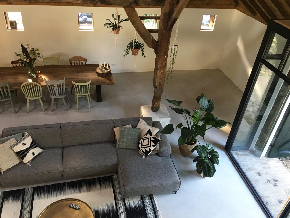 Woongedeelte luxe woonboerderij