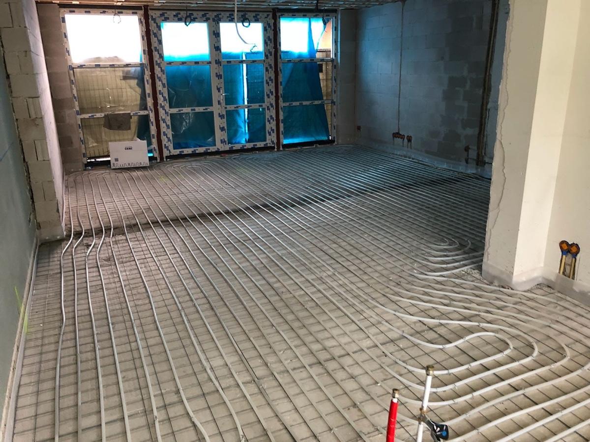 Het aanleggen van vloerverwarming